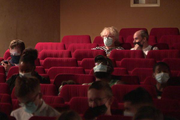 Sans pass, mais avec masque, dans le cinéma d'Art et Essai de Bernay