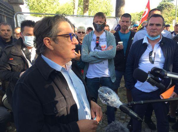 Laurent Galmard, directeur de la Fonderie de Bretagne à la sortie du CSE à Lorient