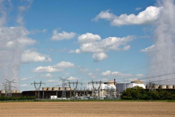 La centrale nucléaire de Chinon en Indre-et-Loire