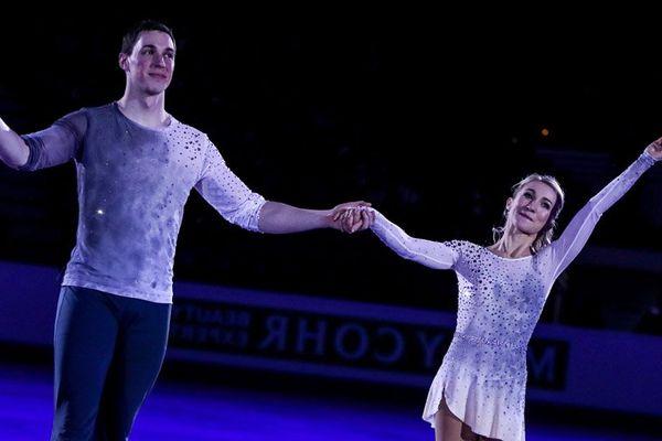Bruno Massot et sa partenaire Aliona Savchenko aux championnats d'Europe 2017 de patinage