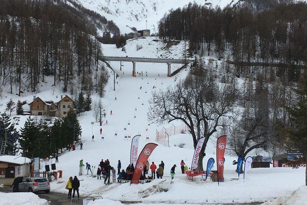 Auron ce matin, pour le dernier jour d'ouverture du domaine skiable.