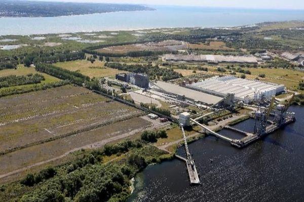 Le site du terminal multivrac situé sur la rive sud du Grand canal du Havre (Seine-Maritime).