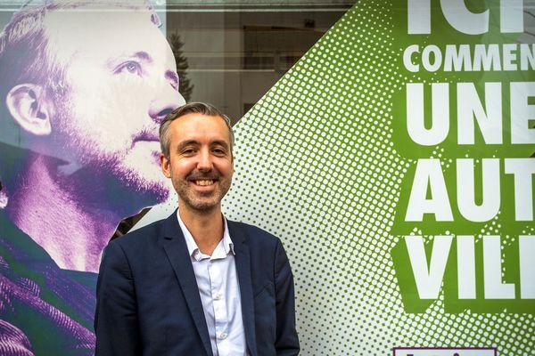"""Pour la première fois à Toulouse, Antoine Maurice, un écologiste, leader de la liste """"Archipel citoyen"""" est en seconde position de ce premier tour avec 27,46% des voix."""