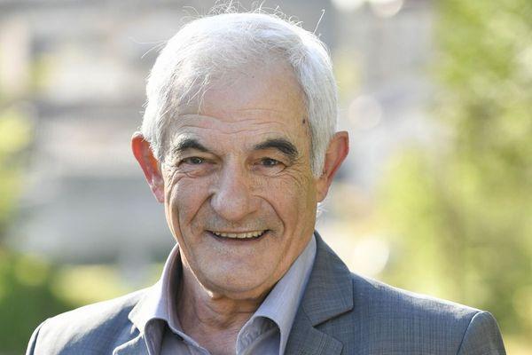 Yves Attou, maire de Saint-Christophe sur Roc, se dit surpris de l'ampleur du mécontentement dans son département.