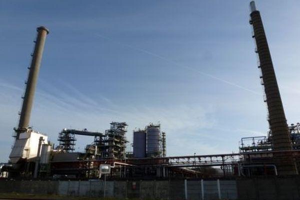 Le tribunal de commerce de Rouen statue ce mardi 4 décembre sur la poursuite de l'activité sur le site Petroplus de Petit-Couronne.