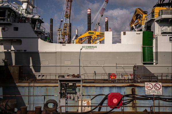 Le chalutier géant Scombus sera inauguré demain dans le port de Concarneau.