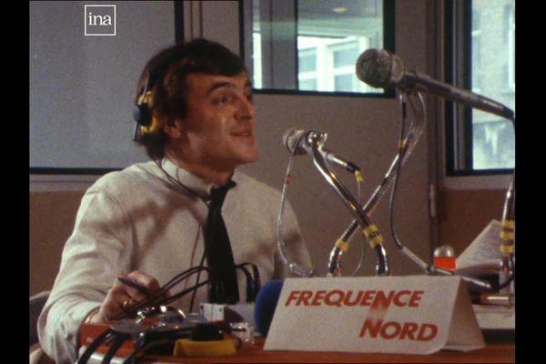 Dans les studios de Fréquence Nord en 1980