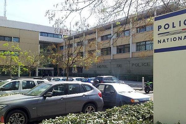 Montpellier - l'hôtel central de police - 7 avril 2014.