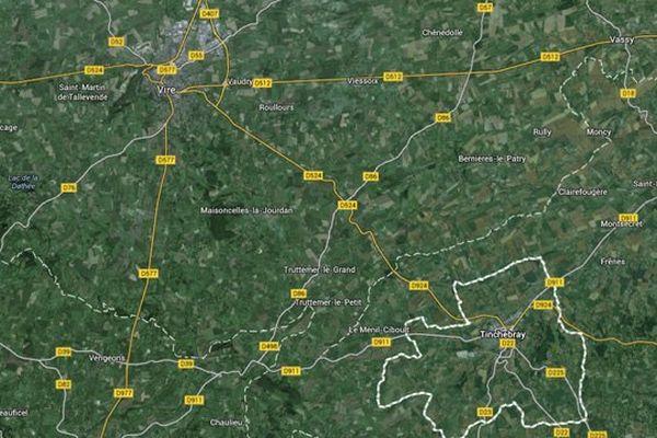 Les 16 km de la D524 reliant Vire à Tinchebray sont empruntés quotidiennement par près de 5000 véhicules.