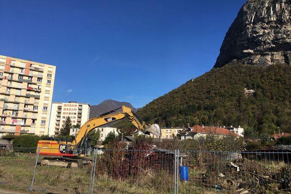 Les mis en cause voulaient créer une ZAD à Saint-Martin-le-Vinoux (Isère) pour s'opposer à la destruction des jardins de la Buisserate dans le cadre d'un projet immobilier.