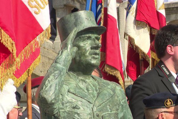 La statue du Général de Gaulle a été inaugurée le 18 juin 2019 à Evreux.