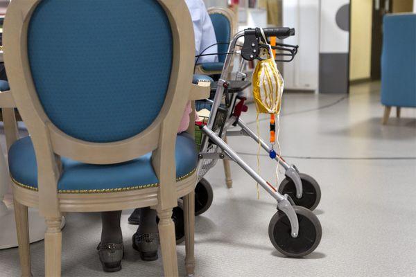 Les personnes âgées sont particulièrement vulnérables face au covid-19. Photo d'illustratio