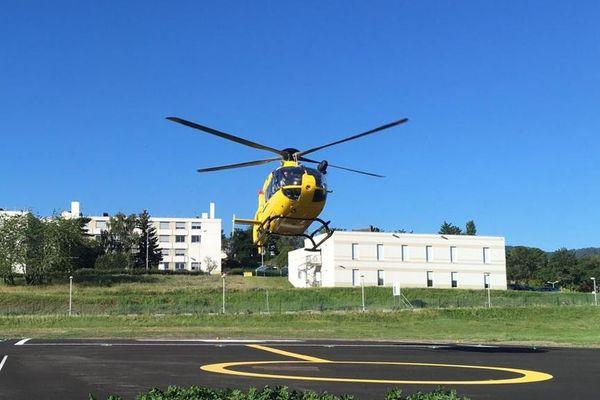 La Région Auvergne-Rhône-Alpes a loué un hélicoptère pour assurer des missions de secours en Auvergne cet été.