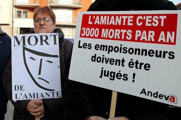 En 2013 déjà, les victimes de l'amiante réclamaient un procès au pénal.