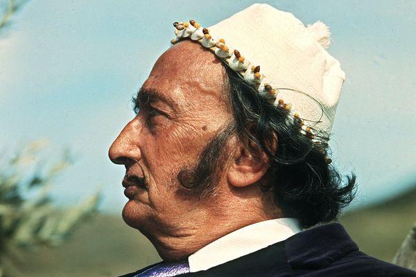 La tombe de l'artiste surréaliste espagnol Salvador Dali a été rouverte le 19 septembre, 28 ans après sa mort, pour déterminer s'il a, ou non, une descendance.