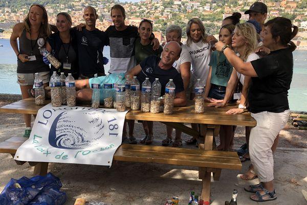 Ce samedi 14 septembre, alors que le mondial d'apnée touche à sa fin, une collecte de déchets était organisée sur la plage à Villefranche-sur-Mer.