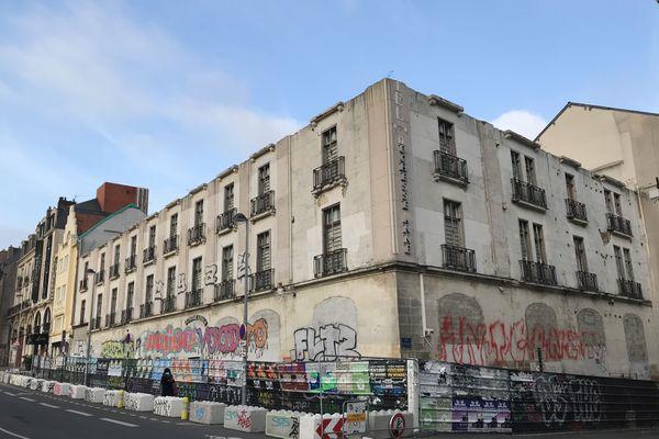 Il ne reste plus que quelques murs qui vont être détruits début 2021 selon la société Giboire copropriétaire de l'immeuble.