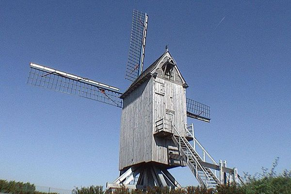 Moulin à vent le Spinnewyn d'Hondschoote.