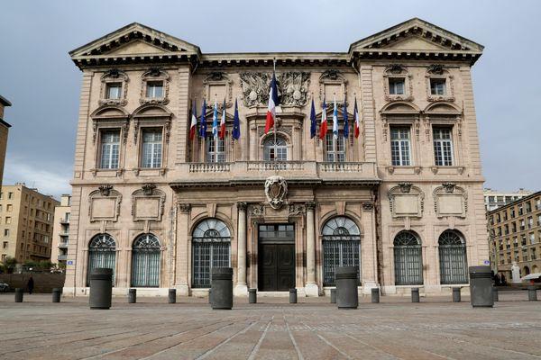 Qui prendra le fauteuil de Jean-Claude Gaudin à la mairie de Marseille en 2020 ?