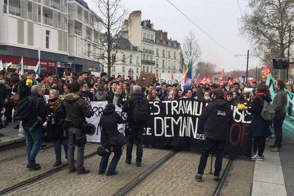 Manifestation des lycéens contre la Loi Travail à Nantes le 24 mars 2016