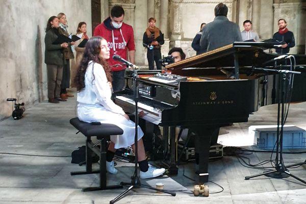Yael Naim et l'ensemble Zene à l'Abbaye du Ronceray à Angers
