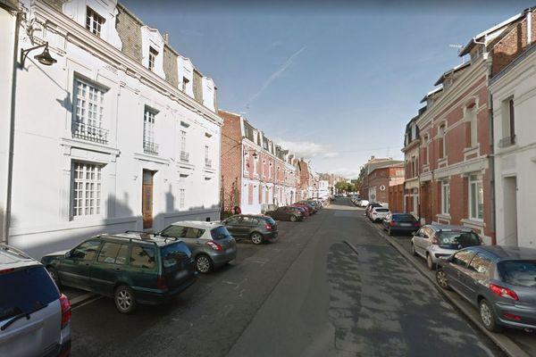 L'agression s'est produite rue des Cordiers, à Cambrai.