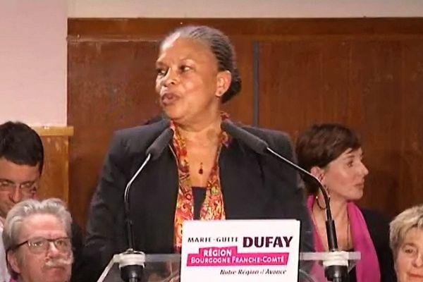 Christiane Taubira, lors de sa visite de soutien à Marie-Guite Dufay, lors de la campagne des élections régionales, début décembre 2015
