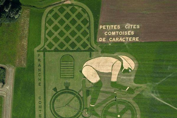 Le Titan Chronos de Pierre Duc et Thierry Gallibour, quelque part sur la D17, près de Quingey (25)