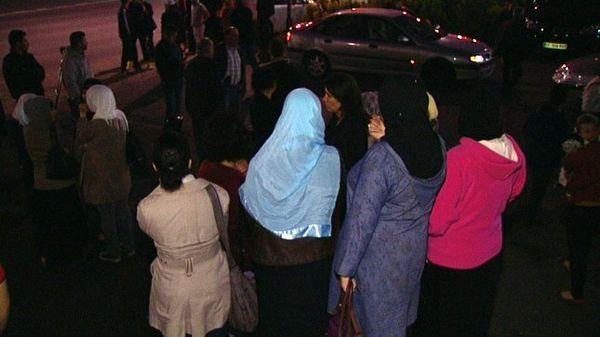 La communauté musulmane réagit après l'agression d'une femme voilée, dimanche soir, à Reims.