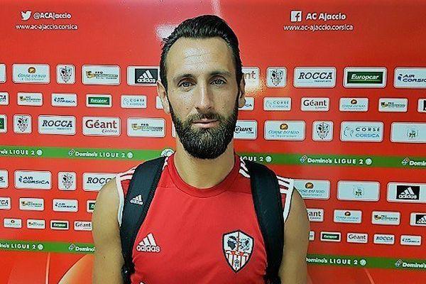 L'attaquant Ghislain Gimbert (32 ans) en provenance du Havre, signe pour deux ans avec l'ACA.