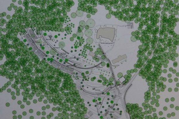 Le projet de Renzo Piano est à un peu plus de 100 mètres de la chapelle de Le Corbusier