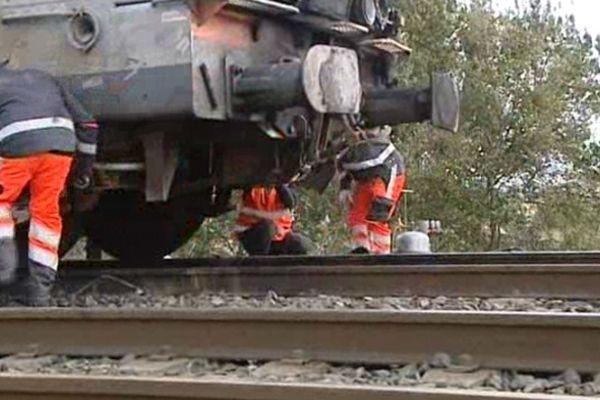 La circulation des trains a été interrompue dans les deux sens pendant une heure, à Béziers.