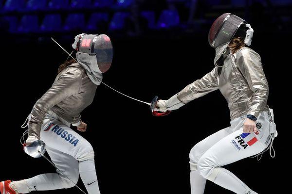 Manon Brunet et la russe Sofya Velikaya aux championnats du monde à Budapest en juin 2019
