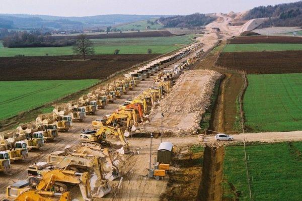5000 emplois ont été générés par la construction de la LGV entre Tours et Bordeaux