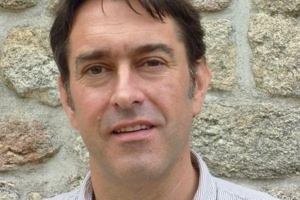 Le conseil d'administration a choisi Jean-Philippe Mauras pour prendre la succession de Lisardo Lombardia à la tête de la programmation du festival interceltique
