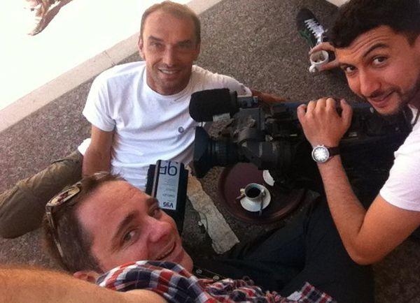 Un reportage envoyé depuis Ornans pendant le Tour de France avec le boîtier Aviwest., En mode selfie Clément Jeannin, Franck Menestret et Mehdi Bensmaïl. !