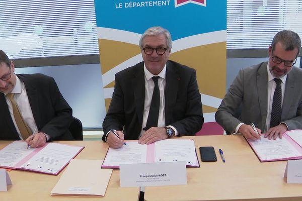 Le département et la préfecture de Côte d'Or signent un nouveau protocole de prise en charge des mineurs non accompagnés - 8 janvier 2020