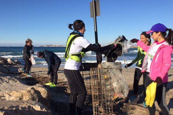 Comment allier sport et écologie? En courant avec Eco Run: courir et ramasser des déchets...