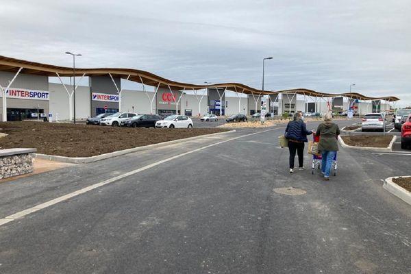 La zone commerciale de La Sablière à Aurillac a ouvert ses portes ce mardi 18 mai.
