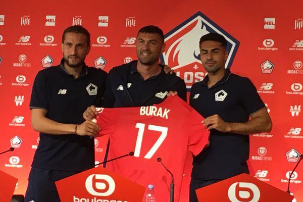 Burak Yilmaz rejoint ses compatriotes Zeki Celik et Yussuf Yazici