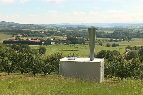 À Mercurol-Veaunes, les 11 canons en fonctionnement protègent  600 hectares de vergers et de vignes