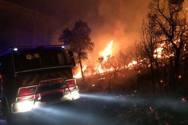 Le violent incendie de forêt au Boulou à la frontière franco-espagnole - 14 juillet 2017