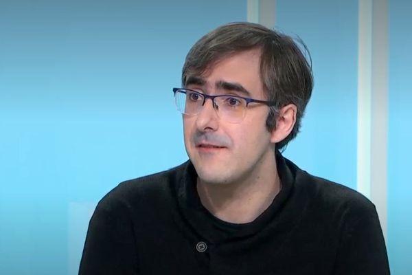 """""""Il y a eu une discordance entre la communauté scientifique et le ministre sur la sécurité de l'application."""" Olivier Blazy"""