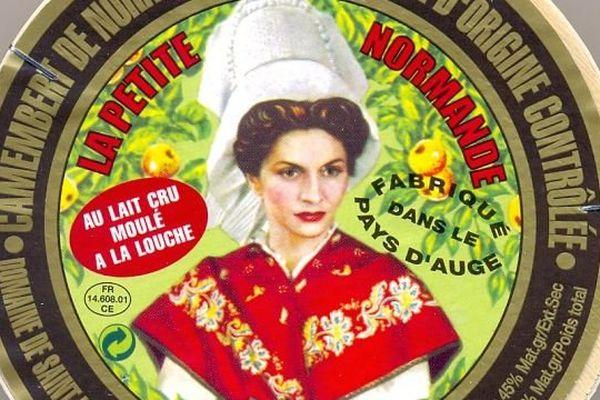 ces camemberts sont vendus sous les marques : Petite Normande Verte, Graindorge et Saveurs U (rayon coupe)