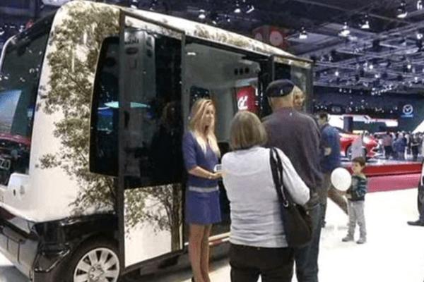L'EZ 10 a été présenté le 9 octobre dernier au Salon de l'Auto à Paris