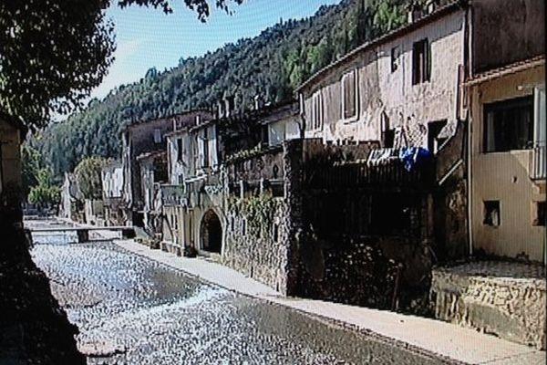 Saint-Laurent-le-minier, un mois après le drame.