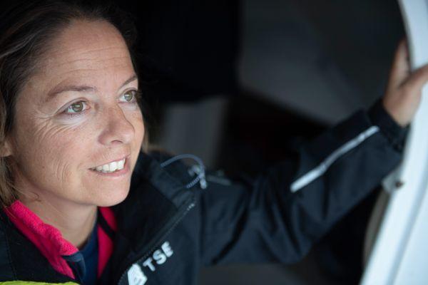 """Alexia Barrier va jeter dans le Pacifique son morceau de «pain de la Paix» pour """"donner le meilleur à l'océan"""""""