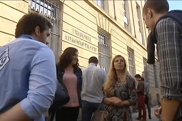 Les étudiants de l'Institut d'ostéopathie de Bordeaux manifestaient ce matin devant le tribunal administratif.