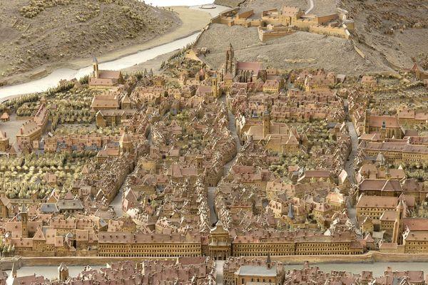 Le plan relief de la ville de Besançon réalisé en 1722 à l'échelle 1/600.