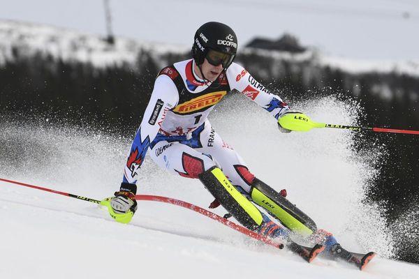 Clément Noël après sa deuxième course au Slalom de la Coupe du monde FIS de Ski Alpin en Are, Suède, le 17 février 2019.